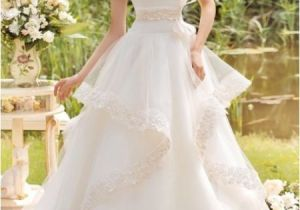 Hairstyles for Wedding Gowns 73 Unique Wedding Hairstyles for Different Necklines 2017
