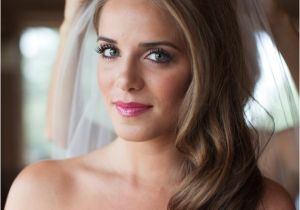 Hairstyles for Weddings to the Side Wedding Hairstyles Side Swept Waves Inspiration and Tutorials
