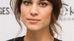 Hairstyles Letting Your Bangs Grow Out French Makeup Style Google Search Beauty