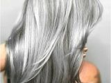 Hairstyles to Cover Up Grey Hair 25 Silber Haarfarbe Sieht Absolut Herrlich Aus