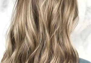 Hairstyles with Blonde On the Bottom Dark Blonde Balayage Hair Color Ideas for Medium Hairstyles 2018