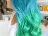 Hairstyles with Blue Dye Mint Green Ombré Hair Styles Pinterest