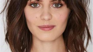 Hairstyles with Minimal Bangs 43 Superb Medium Length Hairstyles for An Amazing Look