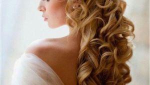 Half Up Bridal Hairstyles with Veil Wedding Hairstyles for Long Hair Half Up with Veil and Tiara