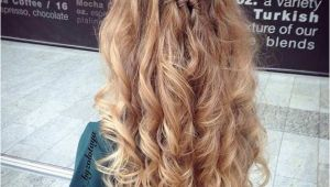 Half Up Medium Curly Hairstyles 31 Half Up Half Down Prom Hairstyles Stayglam Hairstyles