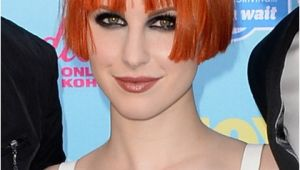 Hayley Williams Bob Haircut Paramore S Performance On Conan O Brien On 8 12 13