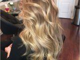 Honey Blonde Hairstyles Color Honey Blonde Balayage Hair Color Hair Pinterest