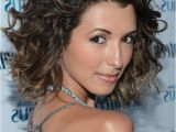 Indian Hairstyles for Medium Curly Hair India De Beaufort Cute Medium Ombre Curly Hairstyle for