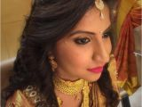 Indian Wedding Dinner Hairstyle Indian Bride S Bridal Reception Hairstyle by Swank Studio