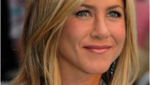 Jennifer Aniston Hair Short Hairstyles Jennifer Aniston Shoulder Skimming Long Bob Lobs