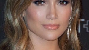 Jennifer Lopez Hairstyles for 2019 Jennifer Lopez Makeup Makeup In 2019
