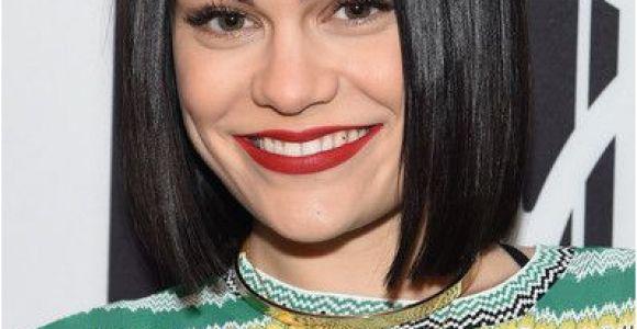 Jessie J Hairstyles 2019 Jessie J S Sleek Bob In 2019 Short Hairstyles Pinterest