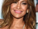 Jlo Bangs Hairstyle the Best New Ways to Wear Bangs Makeup Looks Pinterest