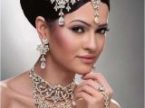 Latest Hairstyles for Indian Weddings 15 Indian Wedding Hairstyles for Long Hair