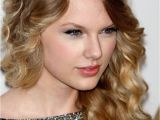 List Of Curly Hairstyles 30 Seriously Cute Hairstyles for Curly Hair Fave Hairstyles