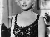 Marilyn Monroe Bob Haircut Marilyn Monroe Bob Hairstyle Lovely How to Cut Marilyn