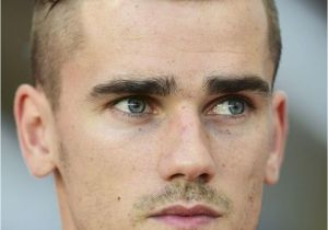 Men S soccer Haircuts 8 soccer Player Hairstyles You Will Love
