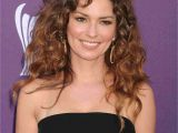 New Hairstyles for Naturally Curly Hair 22 Fun and Y Hairstyles for Naturally Curly Hair