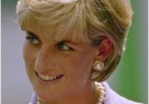 Princess Diana Inspired Hairstyles 197 Best June 17th 1997 Princess Diana Working with the American Red