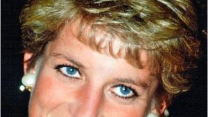 Princess Diana Long Hairstyles the Hairdo that Was Diana S Crowning Glory Hair Styles
