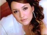 Princess Hairstyles for Weddings Princess Bridal Hairstyles with the Crown Jewels