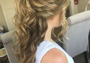 Prom Hairstyles Half Up Half Down How to 10 Wedding Hairstyles for Medium Length Hair Half Up Popular