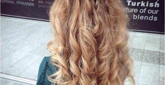 Prom Hairstyles Half Up Half Down How to 31 Half Up Half Down Prom Hairstyles Hair Pinterest