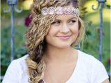 Quick and Easy Hairstyles for Naturally Curly Hair 11 Quick & Easy Headband Hairstyles for Naturally Curly Hair