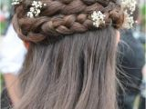 Renaissance Wedding Hairstyles Love the Braid Wonderful Hair for A School Dance or
