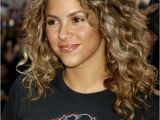 Shakira Curly Hairstyles 10 Celebrities with Naturally Curly Hair