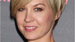 Short Hairstyle for Thinning Hair 15 Chic Short Hairstyles for Thin Hair You Should Not