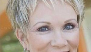 Short Hairstyles for Grey Hair Uk 44 Pretty Grey Hairstyle Ideas for Women Hairstyles