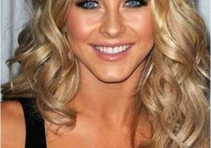 Shoulder Length Curly Hairstyles 35 Medium Length Curly Hair Styles
