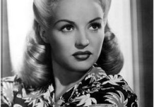Simple 1940s Hairstyles 474 Best Lovely Locks Images In 2019