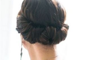 Simple 2 Minute Hairstyles You Only Need 2 Minutes to This Romantic Hairdo Done