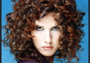 Simple and Easy Hairstyles for Curly Hair Lovable and Easy Hairstyles for Curly Hair to Do at Home