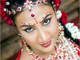Tamil Wedding Hairstyles 31 Best Hindu Wedding Hair Makeup and Saree Ideas