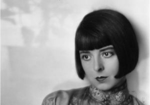 The Bob Haircut 1920s 1920s Hairstyles that Defined the Decade From the Bob to