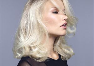 Trending Chin Length Hairstyles Feathered Hairstyles for Medium Length Hair Inspirational Upstyles
