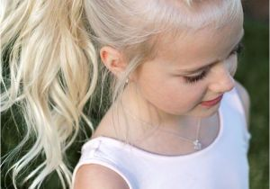 Wedding Hairstyles for Girls Children 12 Idées De Coiffure Petite Fille   Travers 50 Images totalement