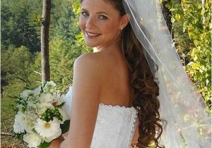 Wedding Hairstyles Long Hair Down Veil Updos with Headbands for Bride
