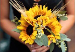 Wedding Hairstyles with Sunflowers Flowers In Season Western Wedding Ideas Pinterest